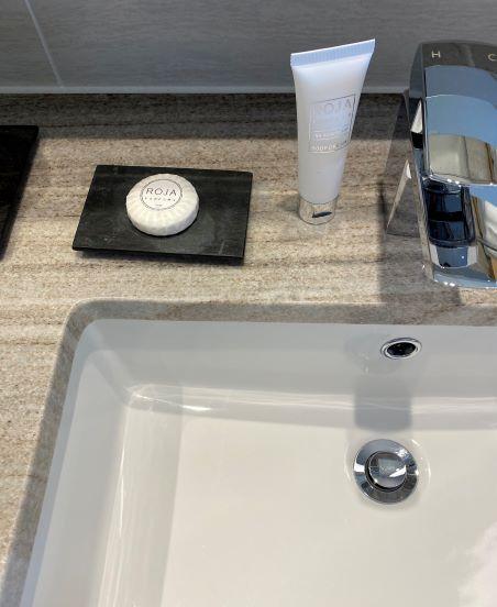 デラックスオーシャンビュー(ビーチフロントウィング)の洗面所